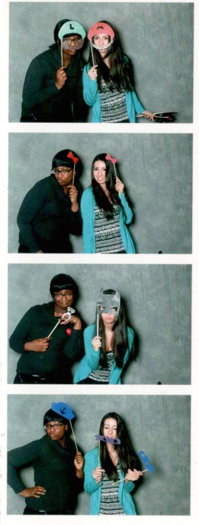 Amanda&Sheena_WeddingFair2015